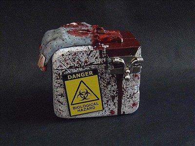 Deck Box Zombie Hand