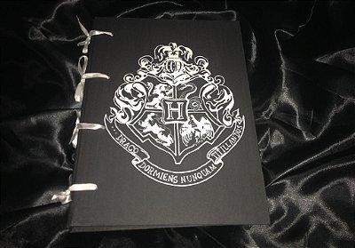 Exclusivo Caderno Artesanal em MDF Brasão de Hogwarts - FRETE GRATIS