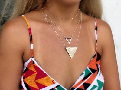 Mix colares triangular