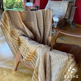 Manta para sofá crú com listras lena
