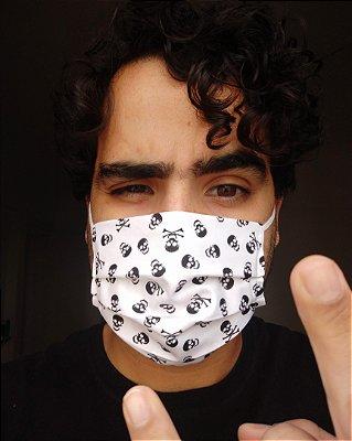 Máscara de tecido branca caveira