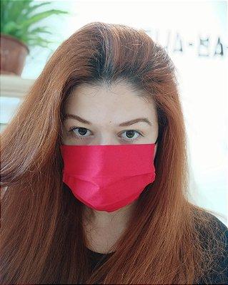 Máscara de tecido vermelha