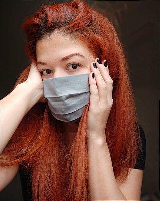 Máscara de tecido cinza
