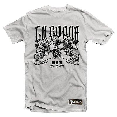 Camiseta Estamos Vivos | La Coroa  | Branca