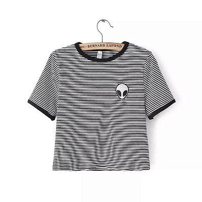 Camiseta Cropped Alien - Cinza listrado