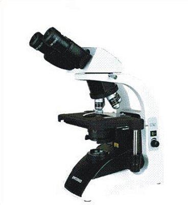 Microscópio Biológico Trinocular com Aumento de 40X Até 1.000X Ou 40 Até 1.500X
