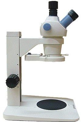 Microscópio Estereoscópico Trinocular Zoom 0.7X ~ 3X Aumento 7X Até 30X