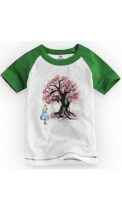 Camiseta Infantil Alice Wonderland