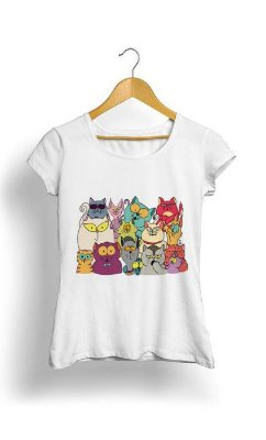 Camiseta Feminina Tropicalli Cats Gang