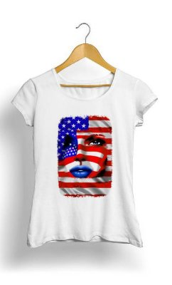 Camiseta Feminina Tropicalli USA Flag Girl