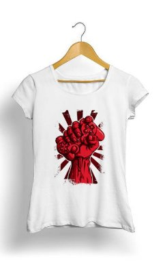 Camiseta Feminina Tropicalli Gamer Fist in the Air