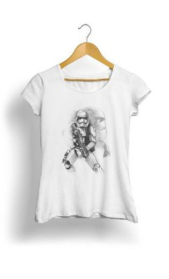 Camiseta Feminina Tropicalli First Order Stormtrooper Sketch