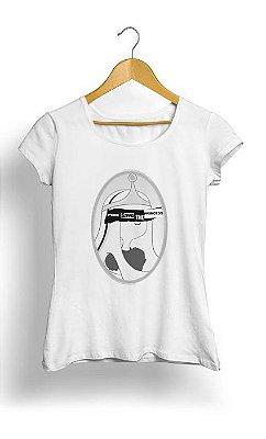 Camiseta Feminina Tropicalli Finn Saves The (Bubblegum) Princess