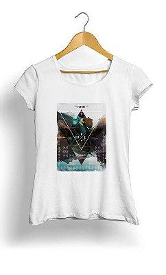 Camiseta Feminina Tropicalli In time and space