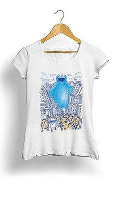 Camiseta Feminina Tropicalli Monster in the city