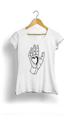 Camiseta Feminina Tropicalli Hand heart