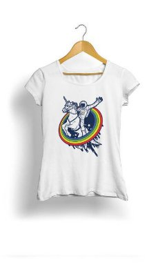Camiseta Feminina Tropicalli Horse in rainbow
