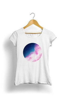 Camiseta Feminina Tropicalli Clouded Galaxy