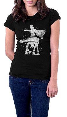 Camiseta Feminina Star Wars Darth Vader and Armored Transport