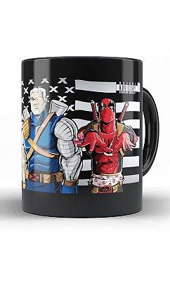 Caneca Deadpool E Capitão