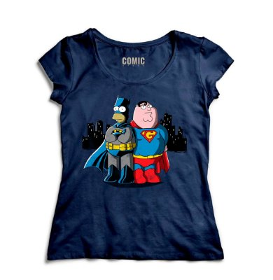 Camiseta Feminina  Batman e Super Men