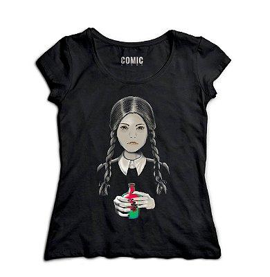 Camiseta Feminina  A Família Addams - Wandinha Addams