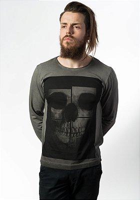 Camiseta Estonada Manga Longa Skull Mirror