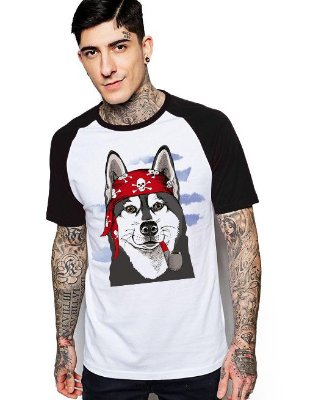 Camiseta Raglan King33 Wolf Pirate