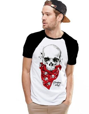 Camiseta Raglan King33 Skull Pirate