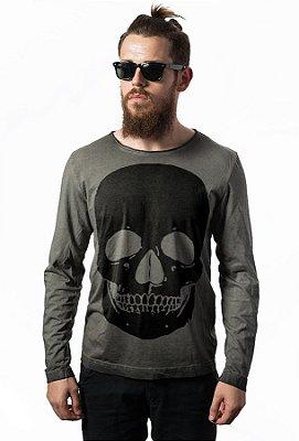 Camiseta Estonada Manga Longa Black Skull