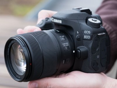 Canon 80D com 18-55mm F/3.5-5.6 Is Stm