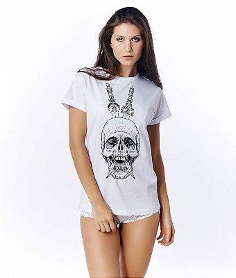 Camiseta branca caveira