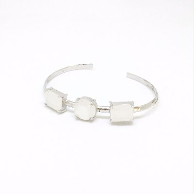 Bracelete Três Pedras