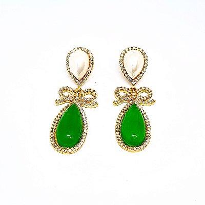 Brinco pérola e jade verde