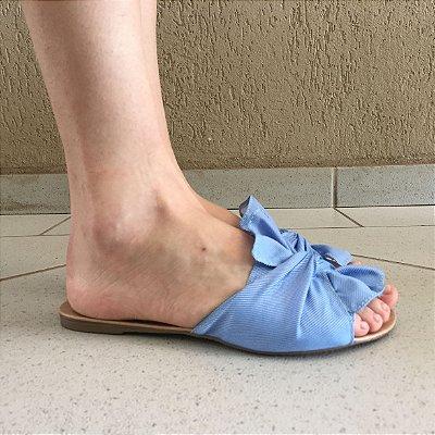 Rasteira de Tecido Jeans Claro com Laço Liêz