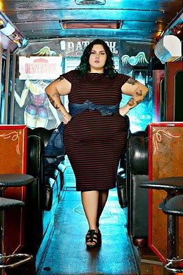Vestido Plus Size Lápis Listra Vinho