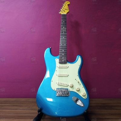 Guitarra Strato Vintage SST62 LPB Laked Placid Blue - SX