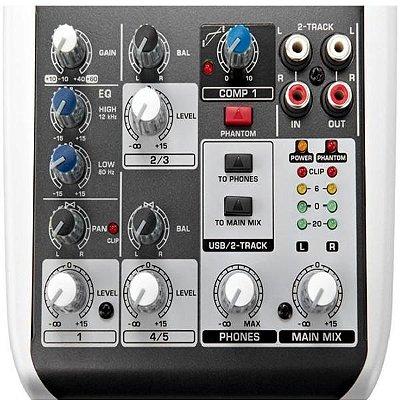 Mixer Mesa De Som 5 Canais Xenyx Q502 Usb Com interface de Audio - Behringer