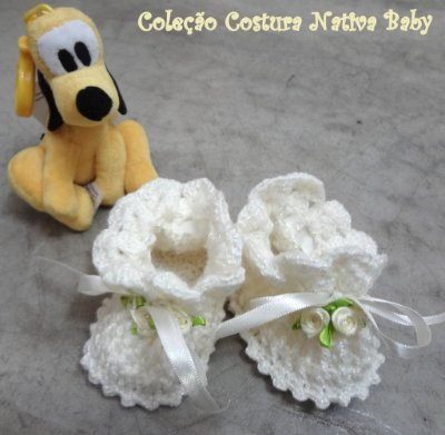 Sapatinho Branco Crochet Linha Baby