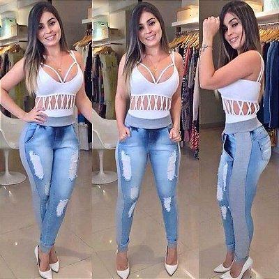 Calça Jeans - Hot Pant Clara - Com moletom