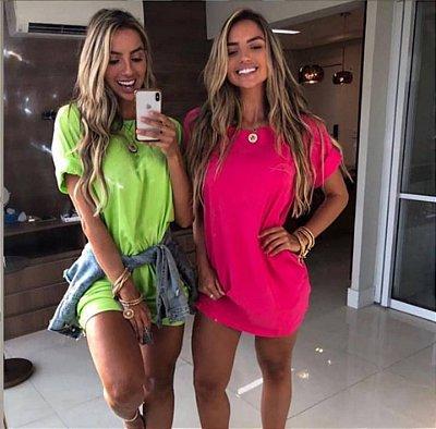 Camiseta Neon Claúdia
