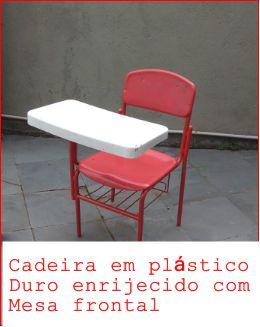 Cadeira escolar infantil usada no estado. R$30,00
