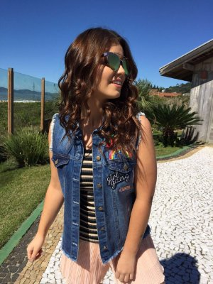 Colete Jeans Com Patches In Love