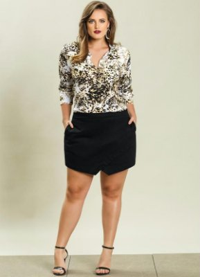 Short Saia Assimétrico Plus Size Preto