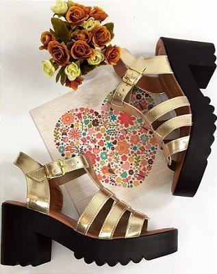 Sandália Tratorada Dourada & Preta