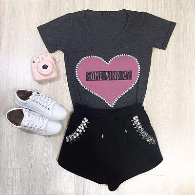 T-Shirt Coração Com Pedraria - In Love