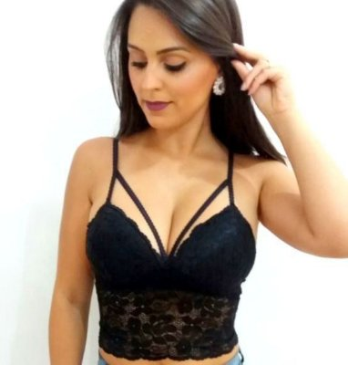 Cropped de renda strappy