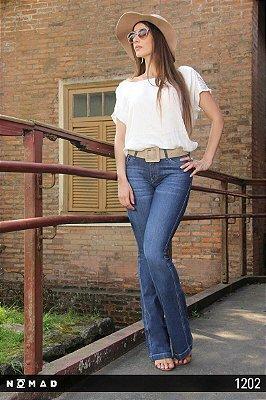 Calça Jeans Flare Feminina Blogueira