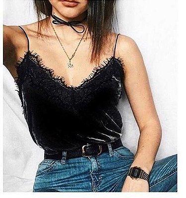 Blusa de Alcinha Veludo