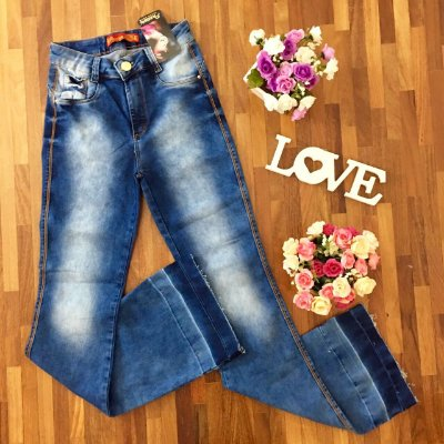 Calça Jeans Flare Manchada